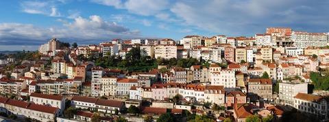1920px-Coimbra_November_2012-1