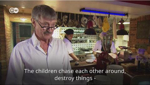 「ドイツのレストランの夕食時に子供連れを拒否する方針が波紋に」海外の反応