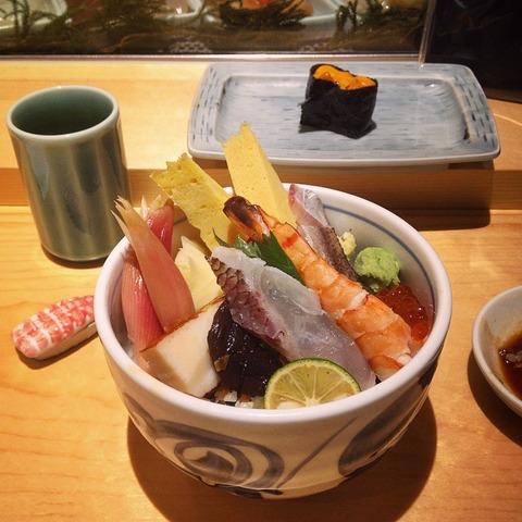 「成田空港で食べることが出来る『ちらし』が海外掲示板で話題に」海外の反応