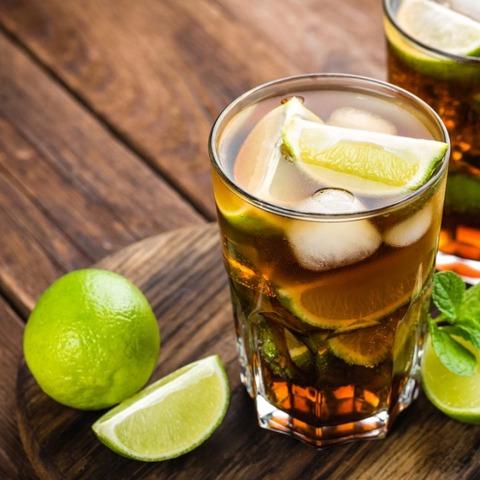 rum-coke-coca-cola-cuba-libre-720x720