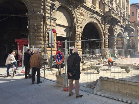 「イタリア語には『工事現場で余計な助言をする部外者のお爺さん』を指す言葉がある」海外の反応