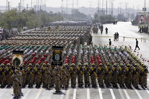 Mideast-Iran-Military_sham
