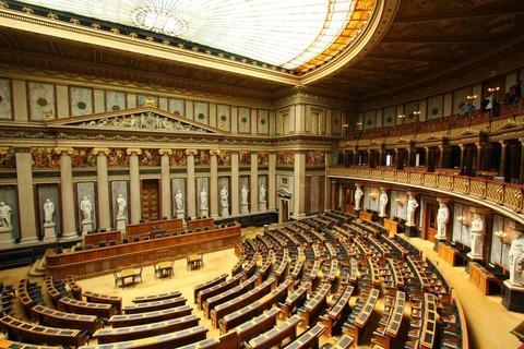 外国人「ヨーロッパ各国に存在する議院内部の様子を紹介する」海外の反応