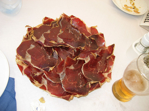800px-Cecina