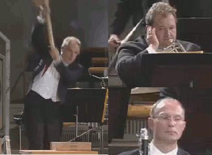「演奏で巨大なハンマーをぶっ叩くオペラ『ニーベルングの指環』」海外の反応