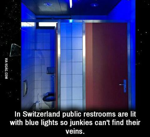 「スイスには麻薬中毒者対策でトイレの明かりが青色になっている所がある」海外の反応