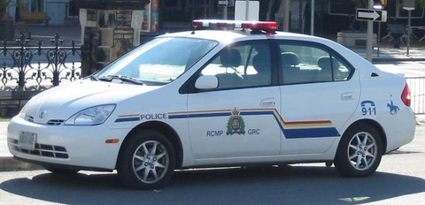 RCMP_car_in_Ottawa_crop