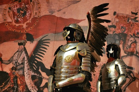 Polish_Hussar_half-armour_Winged_Riders