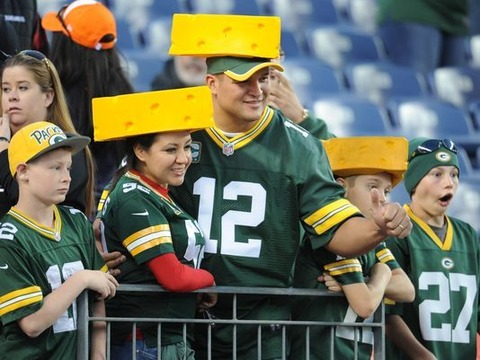 635870037327387642-Packers-fans