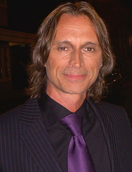 459px-Robert_Carlyle_2011_cropped