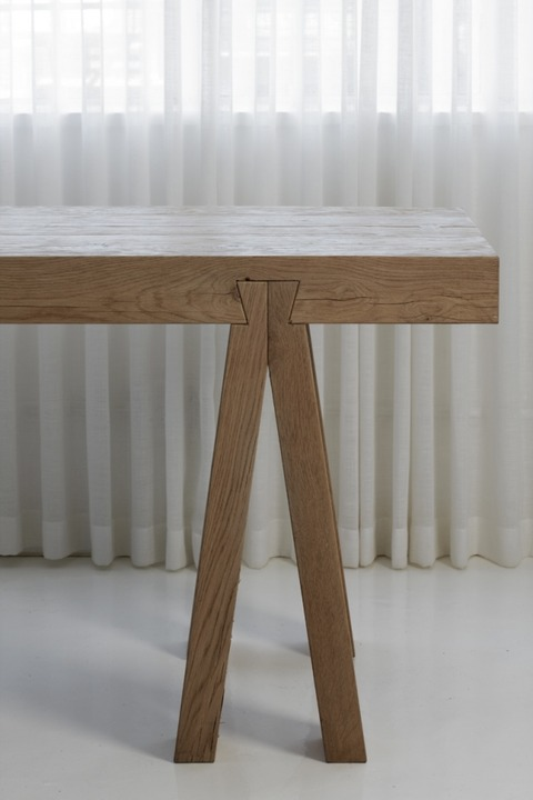 Dovetail-desk-DOV-001-620x930