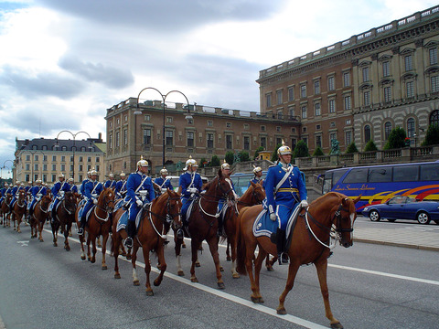 Royal_guards_sweden