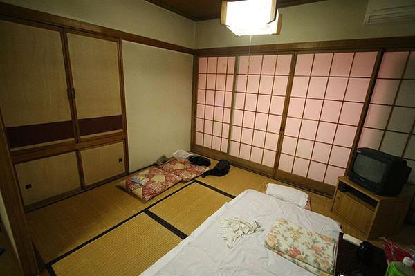 「外国人が日本に長く居すぎたと感じる101のこと」海外の反応|暇は無味無臭の劇薬