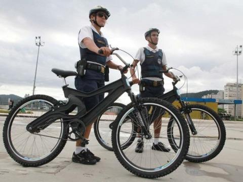 santos-policia-bicicletas-pet