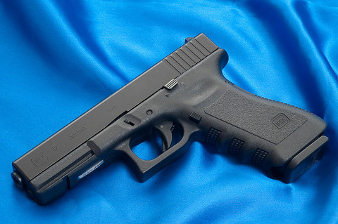 800px-Glock17