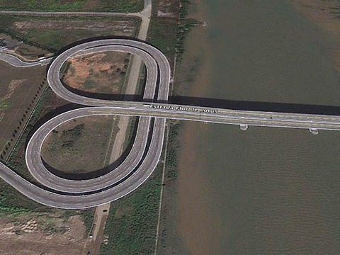 lotus-bridge-macau-google-earth