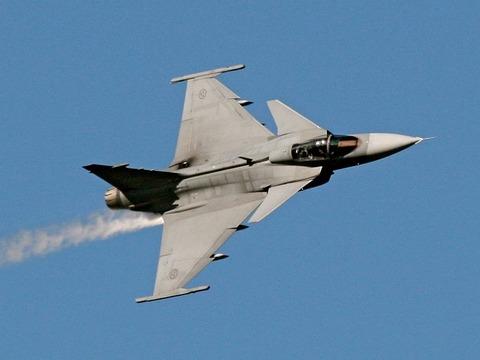 800px-JAS_Gripen_a_(cropped)