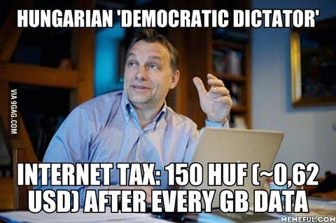 「ハンガリーのインターネット税導入に対する大規模デモが話題に」海外の反応