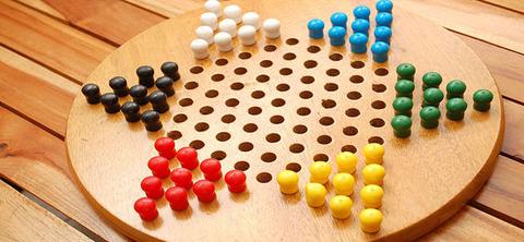 Chinese-Checkers