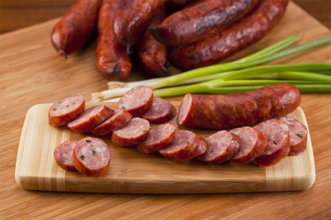 Sausage-clipped_13446850284574