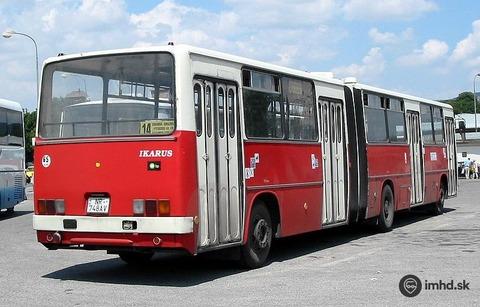 Zachovalý-Ikarus-280-č-748AV