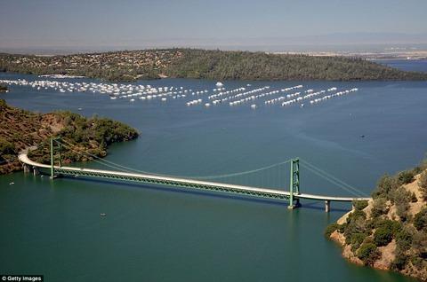「米国カリフォルニア州の旱魃による水不足が深刻だと海外掲示板で話題に」海外の反応