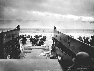 300px-1944_NormandyLST