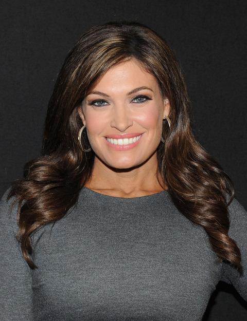 Kimberly+Guilfoyle+Night+Style+Glamour+Welcome+UPDgoRTzaaKx