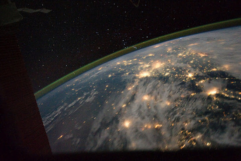 China-Orion-ESC_large_ISS028_ISS028-E-30829