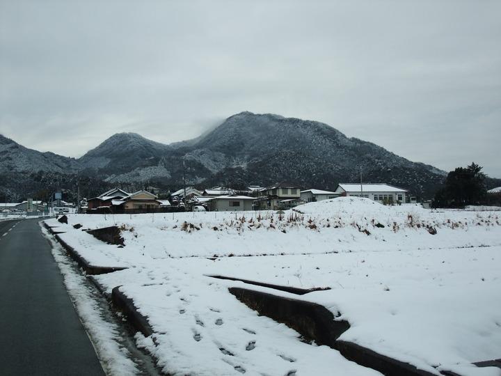 二上山 雪化粧 (大)