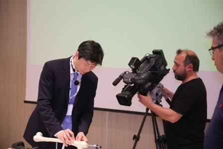 Bone Lab,3D-Surgery,李東訓教授,キクサ,近位脛骨骨切り術,身長手術2