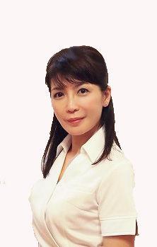 Noriko_P1010637C_White_2