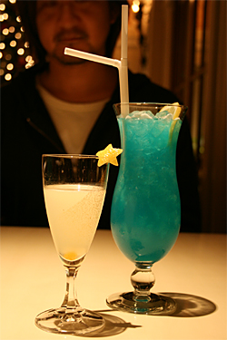 071205_cocktail.jpg