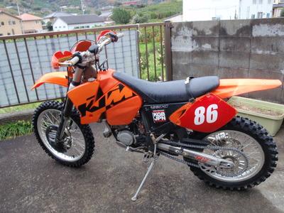 PC220128