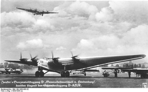 Bundesarchiv_Bild_146-1980-085-32,_Flugzeuge_Junkers_G-38