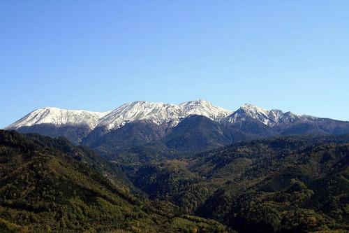 1540   濁河温泉への R441 からの御嶽