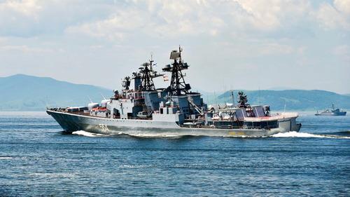 露 大型対潜艦 アドミラル・トリブツ