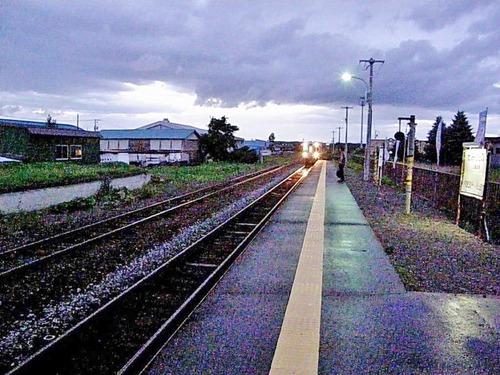 45321086上富良野駅 (Google Earth 画像より・)