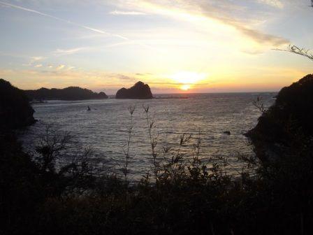 今山遊歩道 夕日の始まり