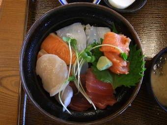 23海鮮丼2