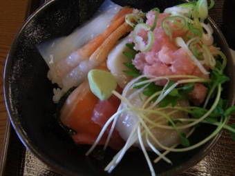 23海鮮丼1