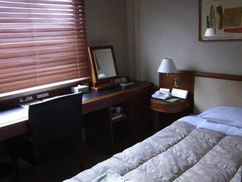 4-27八重洲富士屋ホテル