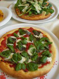 8-11-pizza2-2.jpg