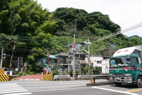 IMG_2247 西倉沢交差点で国道を横断