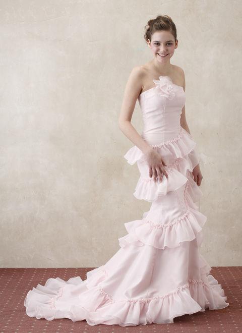 ピンクのマーメイドドレス  ウェディングドレスレンタルの東京