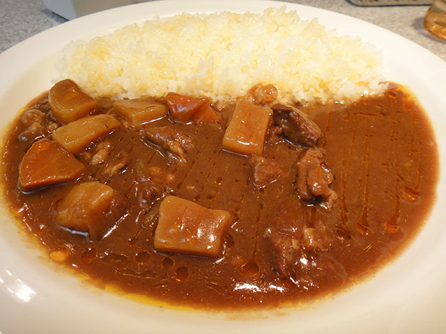 Beef Curry and Rice with Cubic Vegetables
