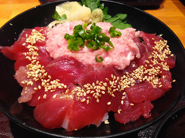 Red Tuna and Minced Tuna Rice Bowl