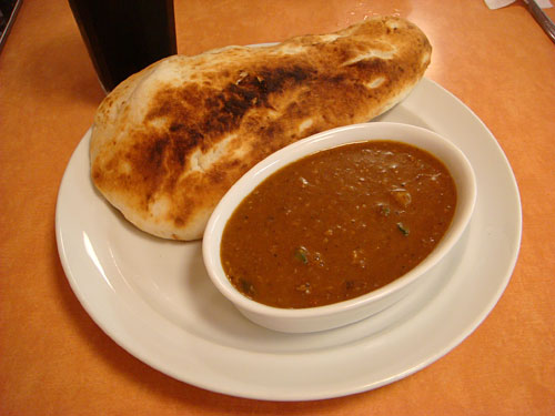 Keema Curry with Nan Bread