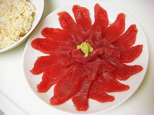 Tuna Blossom with Sprouted Brown Rice