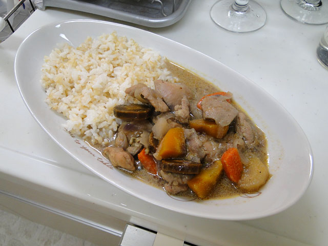 Chicken Yellow Curry with Sprouted Brown Rice